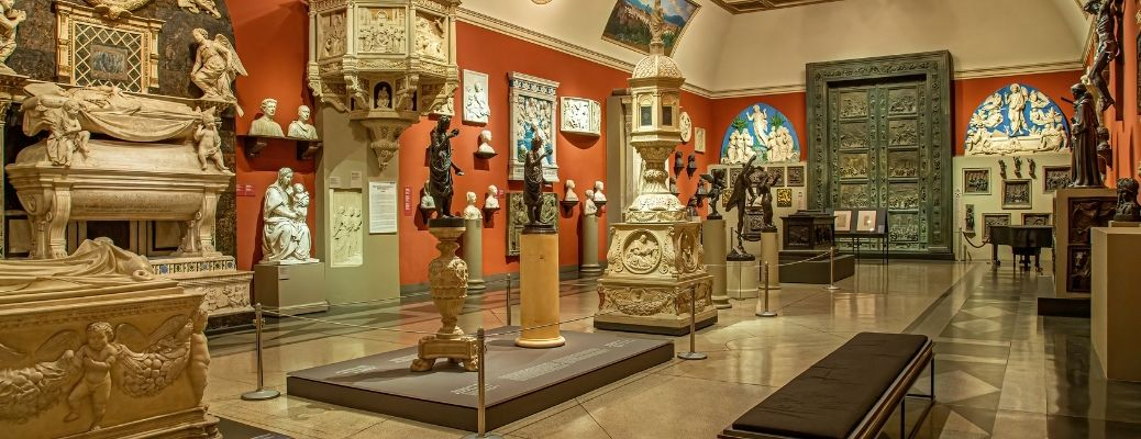 view of the inside of an arts museum