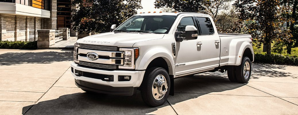 Standard and Available Features on 2018 Ford Super Duty Models Side View of Exterior