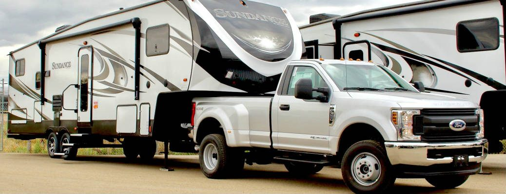 Super Duty Fifth Wheel Towing RV