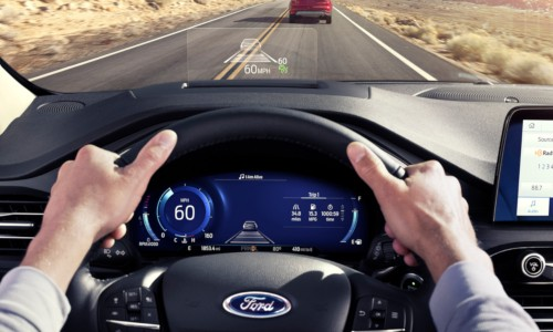 Steering wheel and head-up display of 2020 Ford Escape