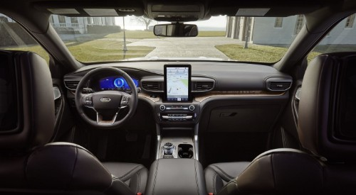 Steering wheel and vertical touchscreen of 2020 Ford Explorer