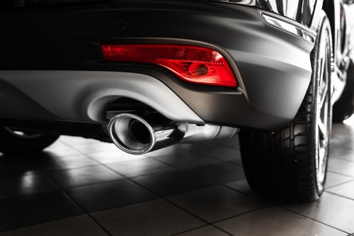 Isolated view of vehicle exhaust pipe