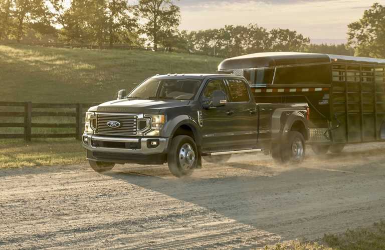 2020 Ford Super Duty F-450 front view with trailer