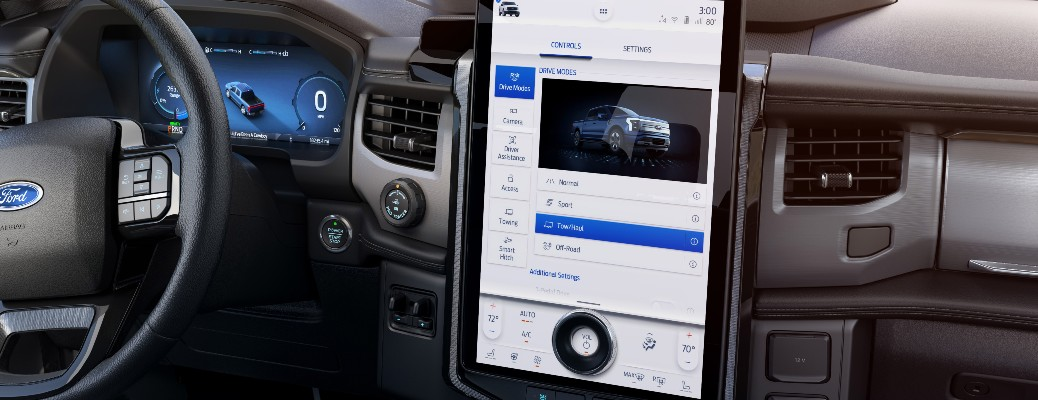 2022 Ford F-150 Lightning front display screen