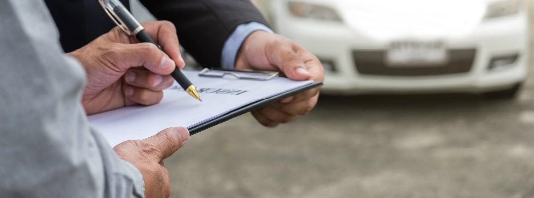 What Exactly Comes in a Carfax Report?