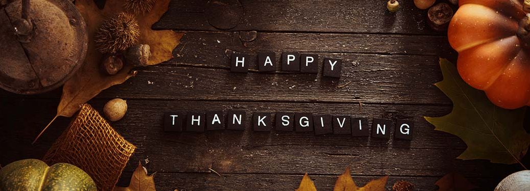 wooden Happy Thanksgiving sign