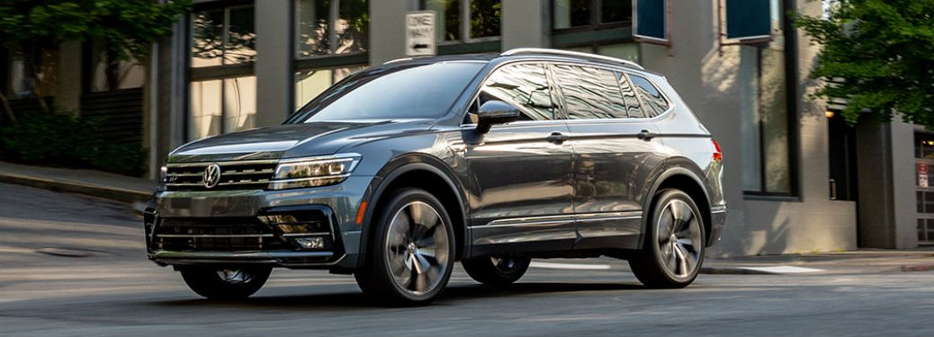 2020 Volkswagen Tiguan in gray