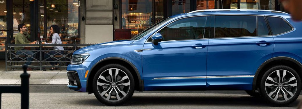 2020 Volkswagen Tiguan in blue