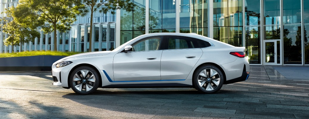 2022 BMW i4 white driver's side view