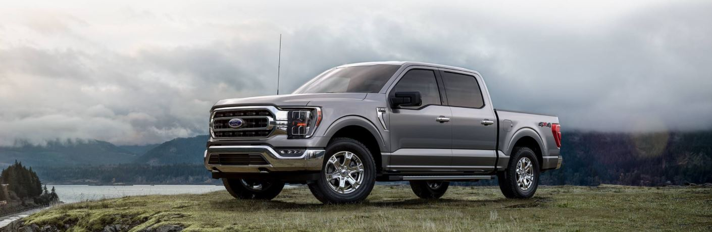What awards has the 2021 Ford F-150 won?