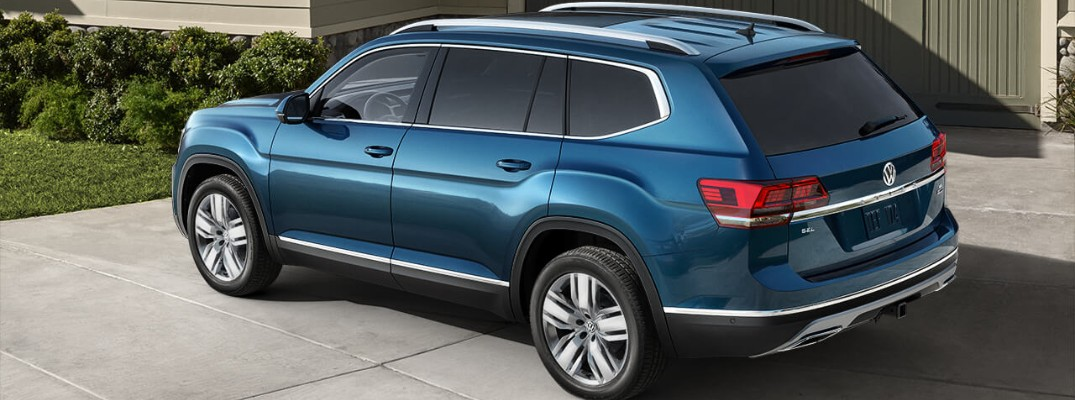 What is the recommended oil type for the 2019 Volkswagen Atlas?