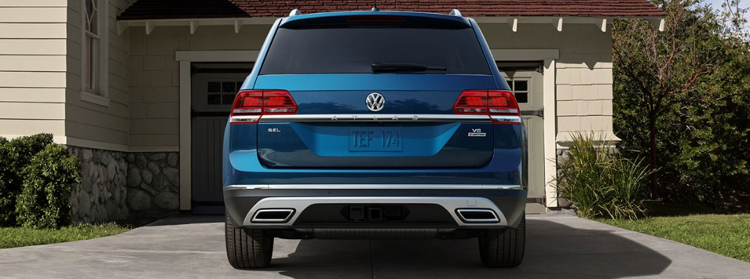 What colors are available on the 2019 Volkswagen Atlas?