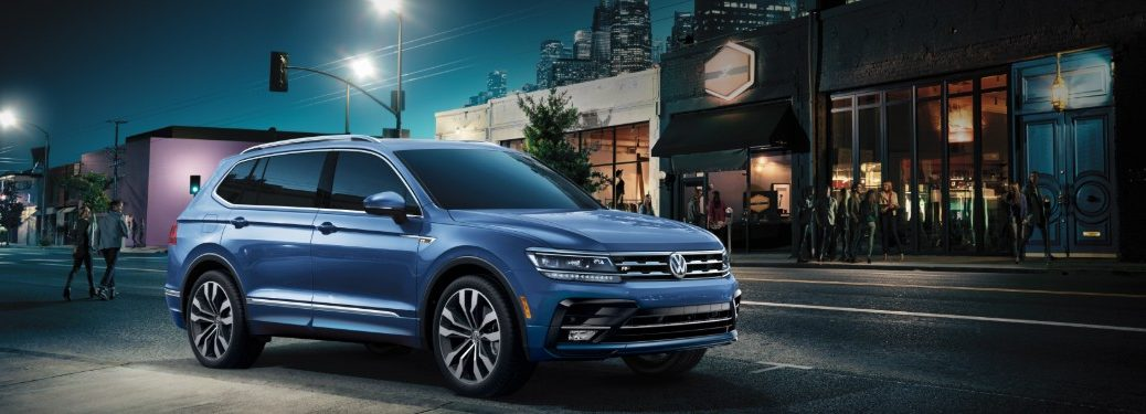 side view of a blue 2020 VW Tiguan