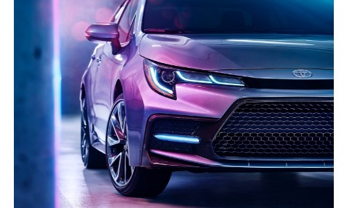 2020 Toyota Corolla grill close up