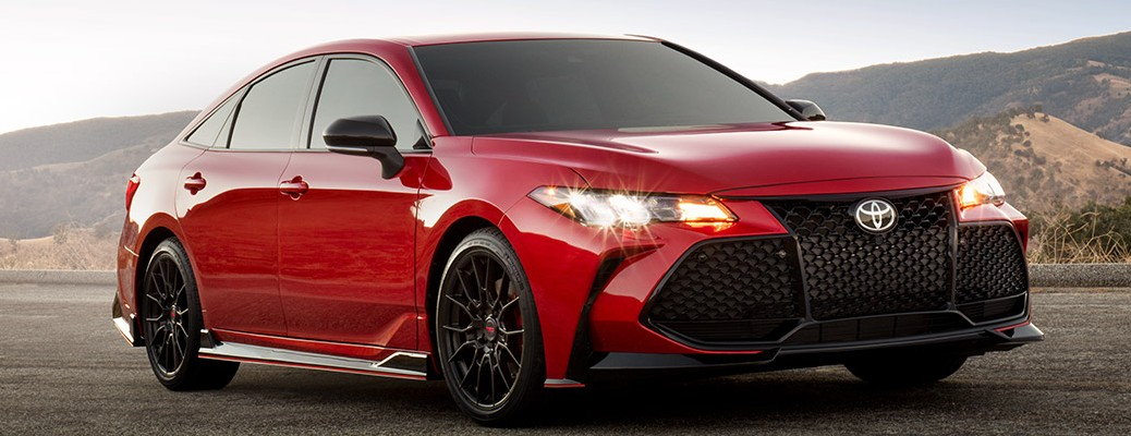 2020 Toyota Avalon color red