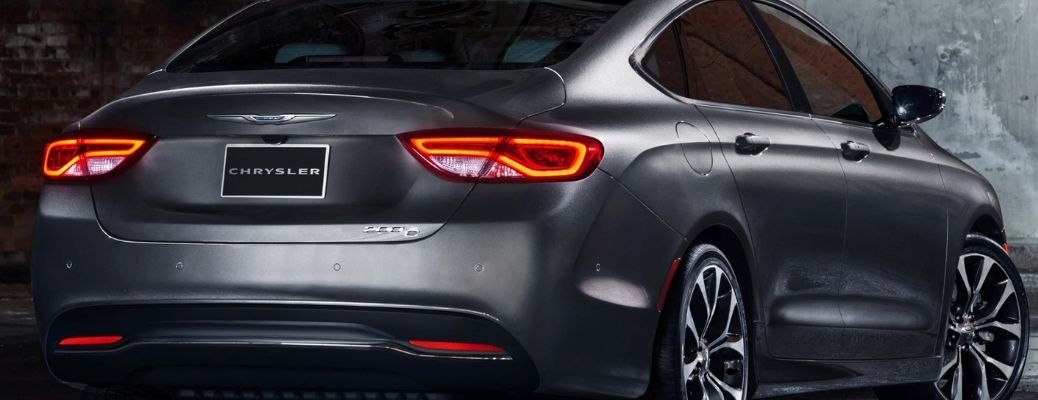 Rear end view of the 2015 Chrysler 200