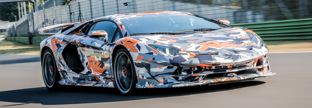 Watch Lamborghini break Nürburgring records