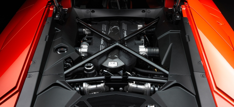 Lamborghini Aventador red V12 engine