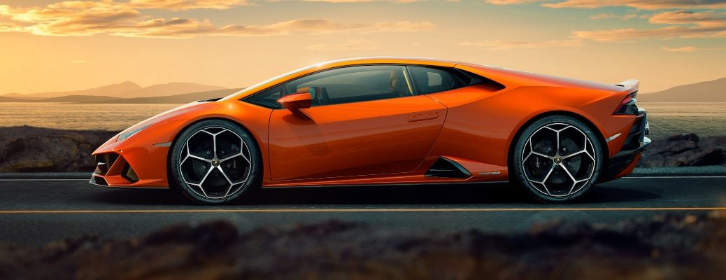 Lamborghini Huracan EVO orange side view