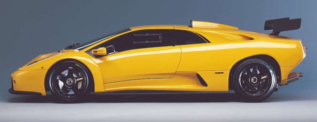 Lamborghini Diablo GTR yellow side view