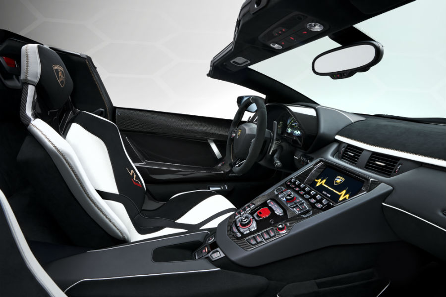 2020 Lamborghini Aventador SVJ Roadster Interior Cabin Dashboard & Seating