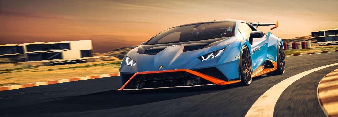 What Technology Features Are Available for the 2021 Lamborghini Huracan STO?