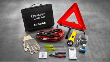 Image of the items available inside a Nissan Emergency Roadside Kit