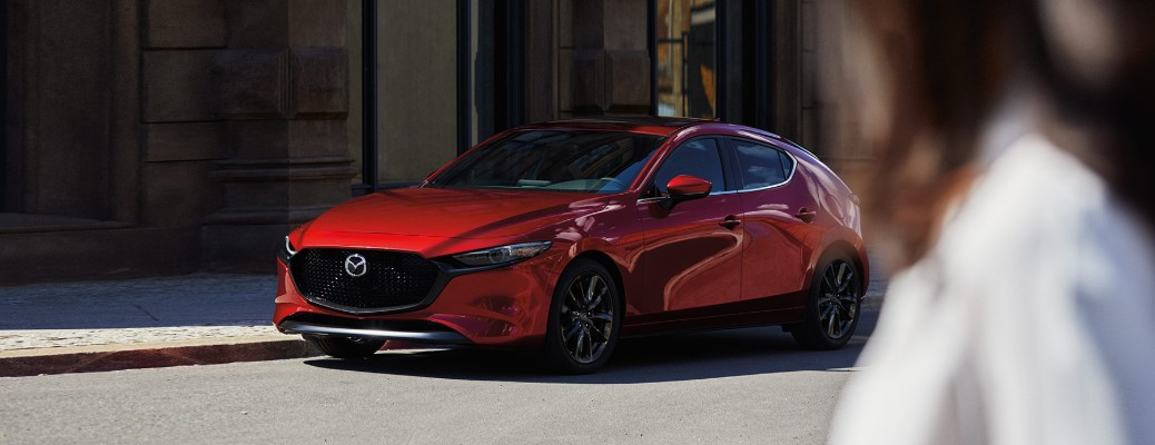 How many colors are available on the 2020 Mazda3?