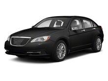 2013_Chrysler_200_Limited_ Kansas City MO
