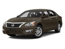 2013_Nissan_Altima_2.5 S_ Kansas City MO