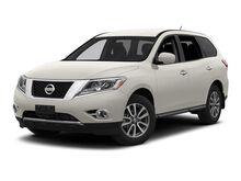 2013_Nissan_Pathfinder_4WD 4DR SV_ Yakima WA