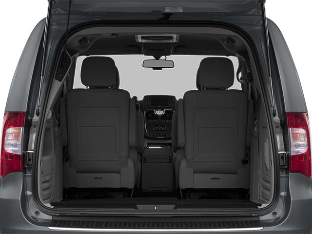 2014 Chrysler Town & Country Touring Rochester NH