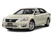 2014_Nissan_Altima_2.5 S_ Kansas City MO
