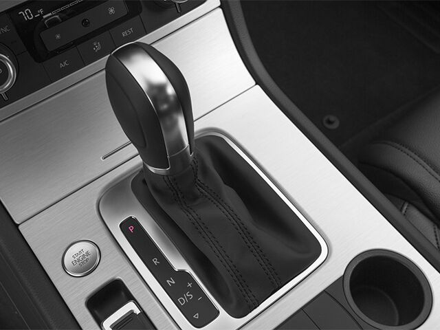 2014 Volkswagen Touareg 3.6L R-Line Salisbury MD