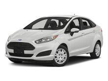 2015_Ford_Fiesta_4DR SDN SE_ Yakima WA