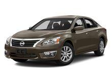 2015_Nissan_Altima_4dr Sdn I4 2.5 S_ Pembroke MA