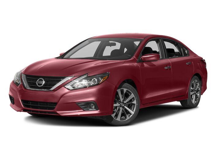 2016 Nissan Altima 2.5 SR Dayton OH
