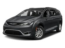2017_Chrysler_Pacifica_Touring L_ Mount Hope WV