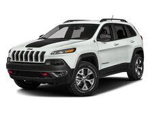 2017_Jeep_Cherokee_Trailhawk_ Yakima WA