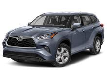 2021_Toyota_Highlander_Hybrid XLE_ Martinsburg
