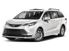 2021_Toyota_Sienna_LE 8 Passenger_ Delray Beach FL