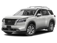 2022_Nissan_Pathfinder_SL_ Roseville CA