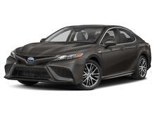 2022_Toyota_Camry Hybrid_SE_ Delray Beach FL