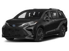 2022_Toyota_Sienna_XSE_ Martinsburg