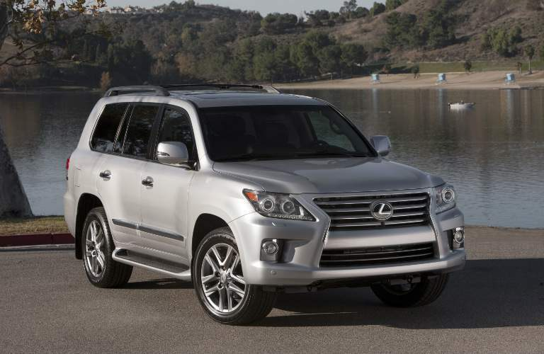 Used Lexus LX 570  Side View
