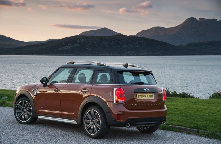 Used MINI Cooper Countryman Side View