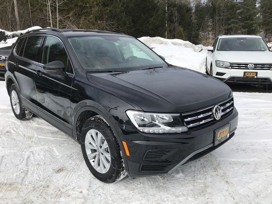 2019 Tiguan SE with 4MOTION®