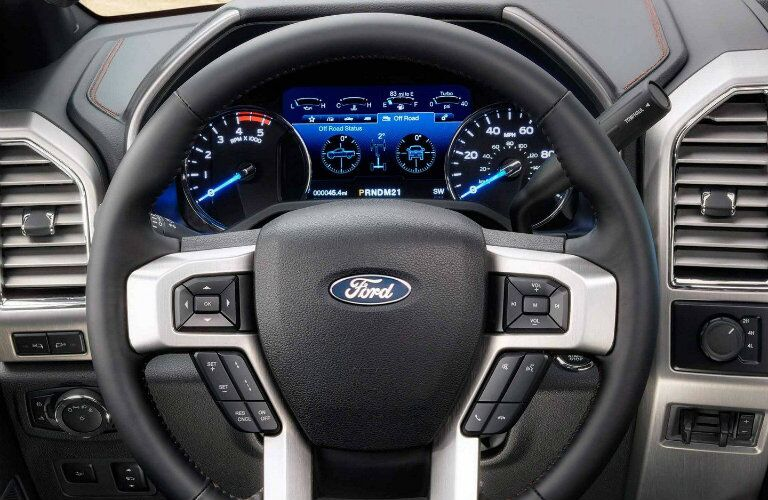 Steering wheel and information screen of 2019 Ford Super Duty F-350 Platinum