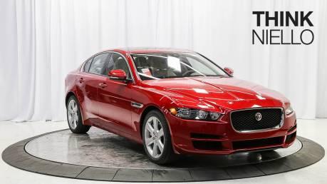 2018 Jaguar XE Premium 25t (RWD)