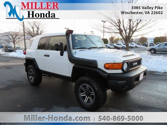 2014 Toyota FJ Cruiser Base